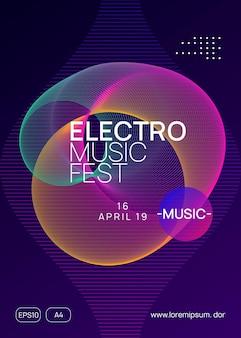 Ulotka dj-a. koncepcja zaproszenie na pokaz modny. dynamiczny kształt i linia gradientu. neonowa ulotka dj. muzyka taneczna elektro. elektroniczne wydarzenie dźwiękowe. plakat festynu klubowego. impreza techno trance.