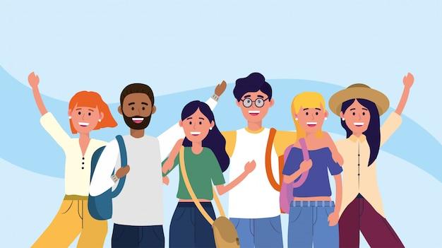 Uniwersyteckie kobiety i mężczyźni przyjaciele z plecakami