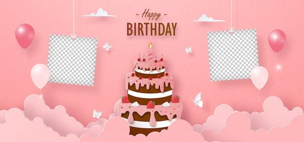 Urodziny czekoladowe ciasto truskawkowe i pusta ramka na zdjęcia