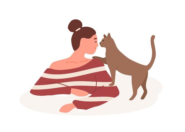 Uśmiechnięta dziewczyna z czułością figlarny kot wektor ilustracja płaski. życzliwość, dobroć, koncepcja opieki nad zwierzętami. szczęśliwa kobieta gra z czworonożnym przyjacielem domowych na białym tle.