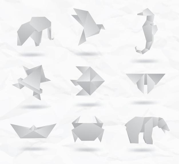 Ustaw zwierzęta origami kraft biały