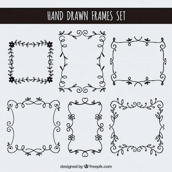 Ustawić ręcznie rysowane ramki kwiatowe