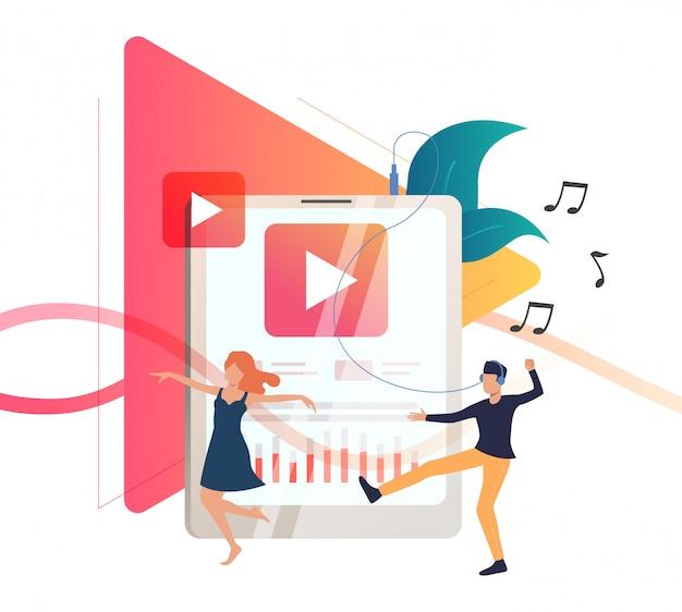 Użytkownicy odtwarzaczy multimedialnych słuchający muzyki