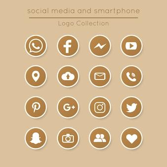 Vintage kwadratowych zestaw ikon mediów społecznych i smartphone