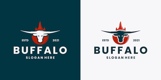 Vintage logo longhorn ognia bawole wektor