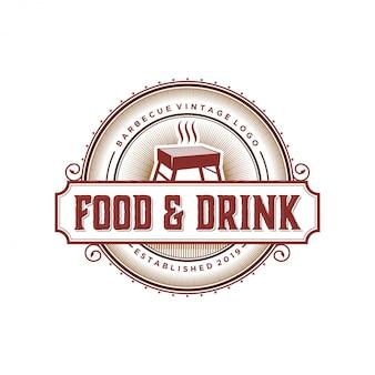 Vintage logo z grilla dla restauracji