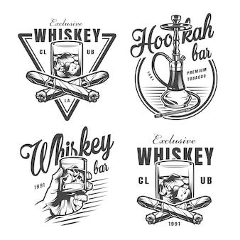 Vintage monochromatyczne emblematy baru whisky