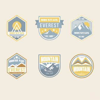 Vintage odznaki obozowe i emblematy logo