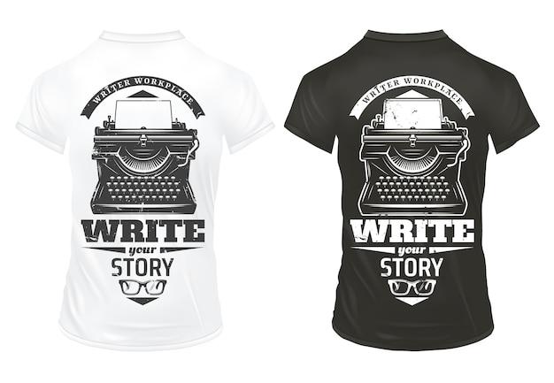 Vintage pisarz drukuje szablon z maszyną do pisania napisami i okularami na czarno-białych koszulach na białym tle