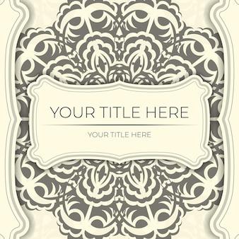 Vintage vector przygotuj pocztówki w kolorze jasnego kremu z abstrakcyjnym ornamentem. szablon do projektowania karty zaproszenie do druku z wzorami mandali.