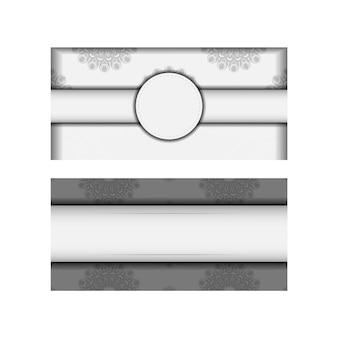 Wektor gotowy do druku projekt karty z pozdrowieniami białe kolory z mandale. szablon karty zaproszenie z miejscem na twój tekst i czarne ozdoby.