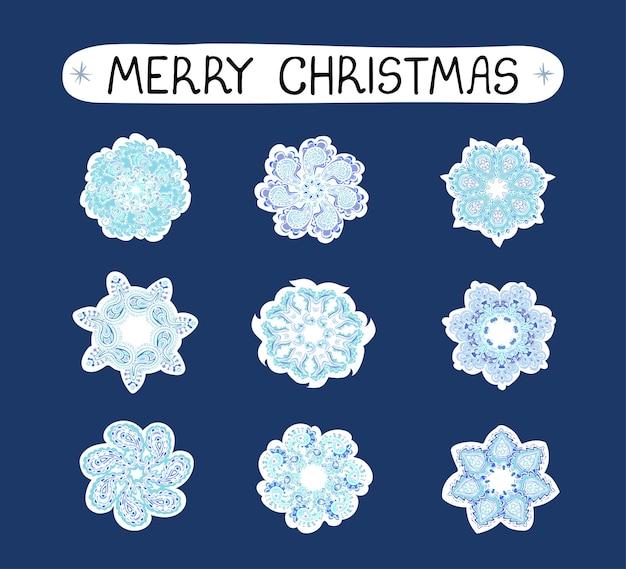 Wektor nowoczesny kolorowy zestaw świąteczny z ilustracjami płatków śniegu, pakiet naklejek. użyj go jako elementów do projektowania kartek okolicznościowych, plakatów, kartek, projektów papieru do pakowania