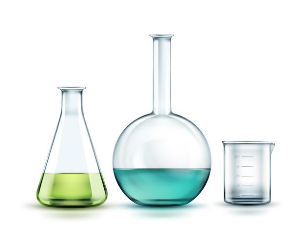 Wektor przezroczyste szklane kolby chemiczne pełne off zielony, niebieski płyn i pustą zlewkę na białym tle na tle