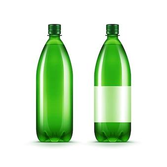Wektor puste zielone plastikowe butelki z wodą na białym tle