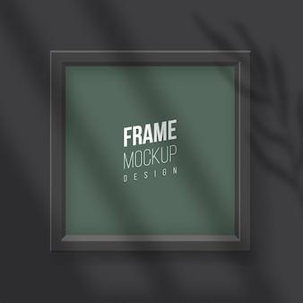 Wektor realistyczna kwadratowa pusta ramka na zdjęcia z efektem nakładki cienia na okno