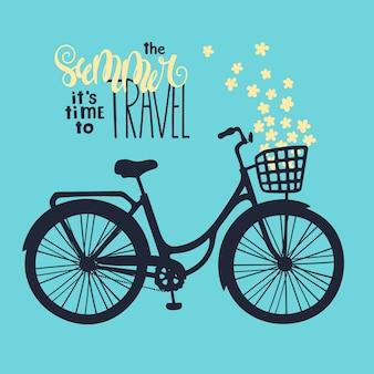 Wektor rower w stylu vintage. napis: latem nadszedł czas podróży.