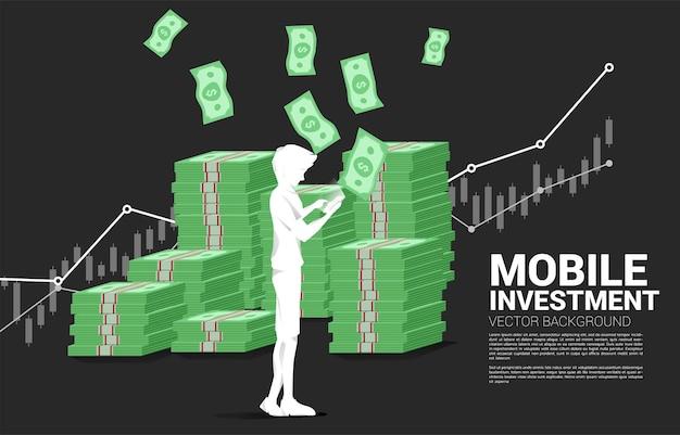 Wektor sylwetka człowieka z telefonu komórkowego i stos banknotów. koncepcja sukcesu inwestycji mobilnych i inwestycji pieniężnych.