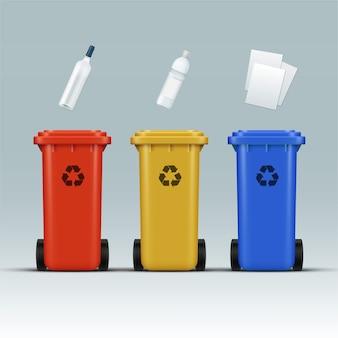 Wektor zestaw czerwonych, żółtych, niebieskich pojemników do recyklingu na odpady szklane, plastikowe, papierowe