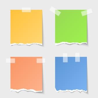 Wektor zestaw notatki rozdarty papier. pusta wiadomość, pusty arkusz, przypomnienie o projekcie