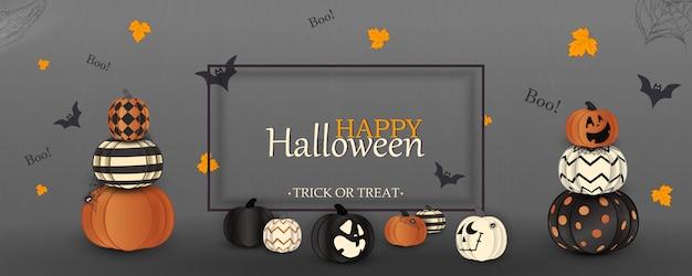 Wesołego halloween. cukierek albo psikus. gwizd. koncepcja wakacji z duchami pomarańczowymi, białymi, czarnymi dyniami halloweenowymi, zabawnymi twarzami, pajęczyną na stronie internetowej