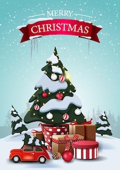 Wesołych świąt, pionowa pocztówka z rysunkowymi świerkami, zaspy, błękitne niebo, choinka w doniczce z prezentami i czerwony zabytkowy samochód wiozący choinkę