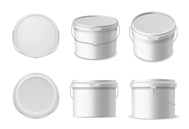 Wiadra plastikowe. szablon pojemników na płyny budowlane, białe wiadro na różne produkty makieta kontenera zamknięte okrągłe pudełko pod różnymi kątami, zestaw 3d realistyczny wektor na białym tle makiety