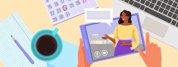 Wideokonferencja, ilustracja do webinarium online z ekranem komputera, rozmawiający mężczyzna i kobieta, książka