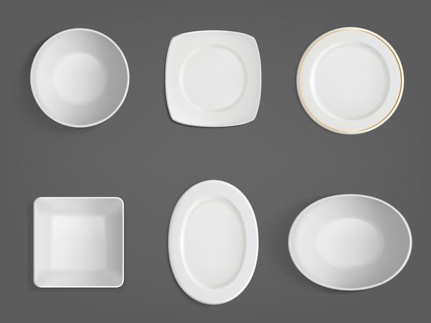 Widok z góry białych misek o różnych kształtach