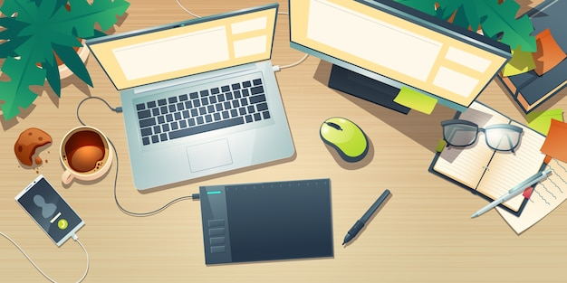 Widok z góry projektanta obszaru roboczego z tabletem graficznym, laptopem, monitorem, filiżanką kawy i roślinami na drewnianym stole. kreskówka płaski układ kreatywnego miejsca pracy artysty z telefonem komórkowym i notebookiem