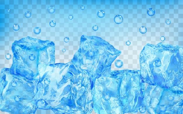Wiele przezroczystych jasnoniebieskich kostek lodu i pęcherzyków powietrza pod wodą na przezroczystym tle. przezroczystość tylko w formacie wektorowym