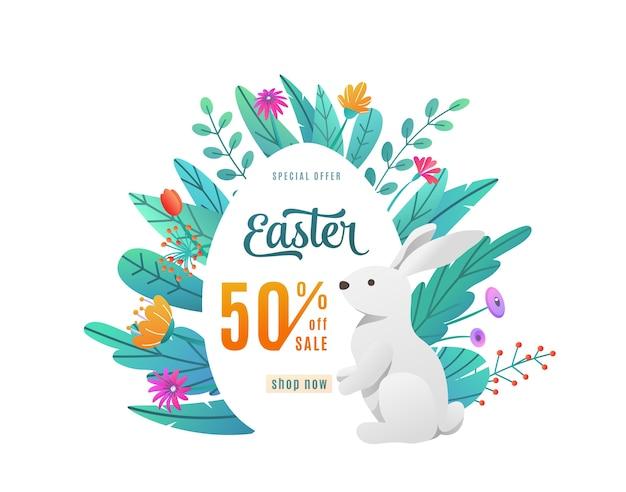 Wielkanocna wyprzedaż z tekstem oferty rabatu w jajko na białym tle