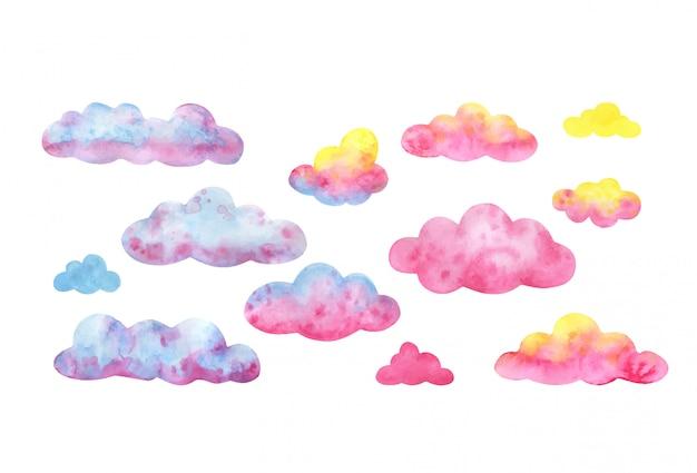 Wielobarwne niebo. duży zestaw chmur akwarela w kolorze różowym, żółtym i niebieskim.