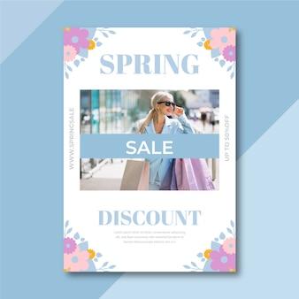 Wiosenna wyprzedaż plakat szablon ze zdjęciem