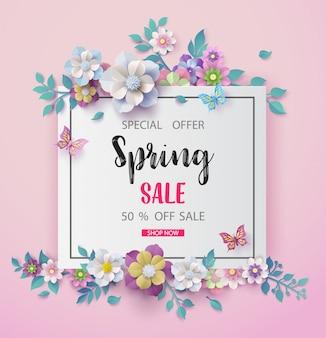 Wiosny sprzedaży tło z pięknym kwiatem