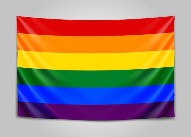Wisząca flaga lgbt. pojęcie tolerancji.