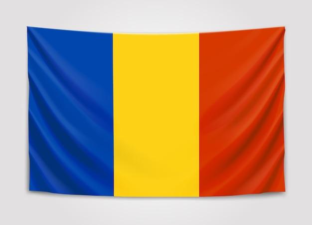 Wisząca flaga rumunii. rumunia. flaga narodowa.