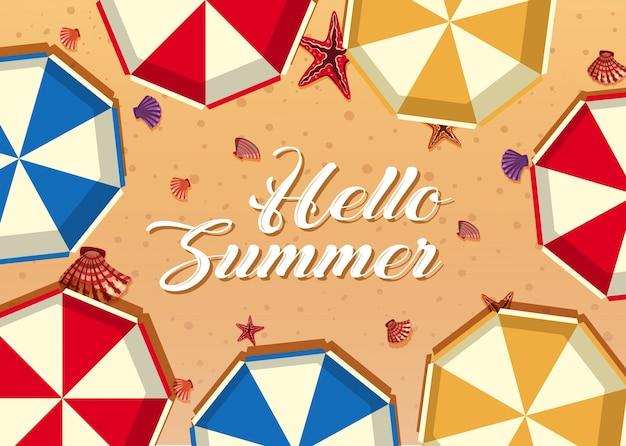 Witam lato z parasolami i muszelkami na plaży