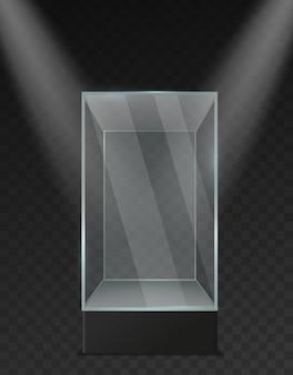Witryna szklana. przezroczyste plastikowe puste kwadratowe pudełko pod realistyczną makieta reflektorów. stojak ekspozycyjny muzealny błyszczący pojemnik na prezentację produktu i wektor wystawowy na białym tle szablon 3d
