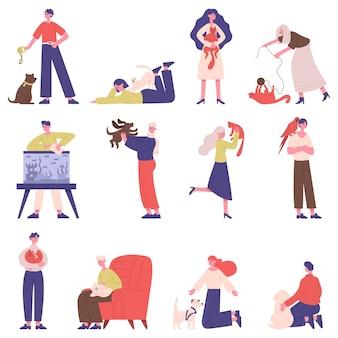 Właściciele zwierząt domowych. ludzie ze zwierzętami domowymi, kotem, psem, rybą i ptakiem, mężczyźni i kobiety bawią się, chodzą i przytulają zwierzęta domowe