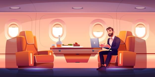 Wnętrze prywatnego odrzutowca, klasa biznesowa w samolocie
