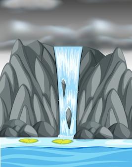 Wodospad z ciemnymi burzowymi chmurami