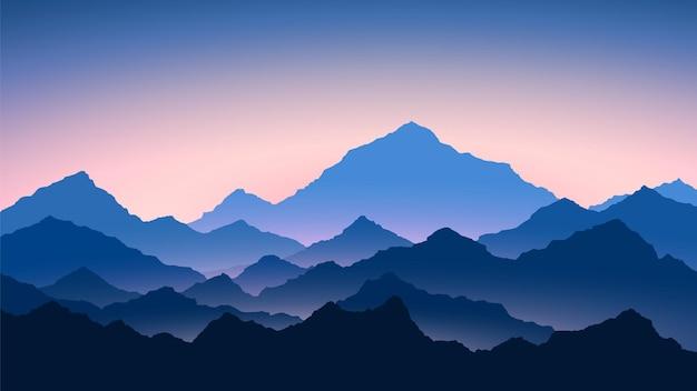 Wschód słońca w górach. kolorowy krajobraz gór. piesze wycieczki - widok rano