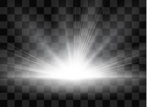Wschód, świt. przezroczyste światło słoneczne. specjalny efekt świetlny flary obiektywu