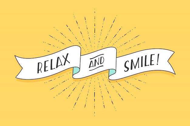 Wstążka z tekstem relaks i uśmiech