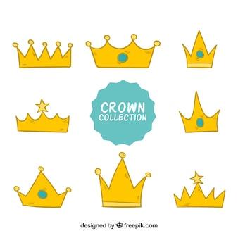 Wybór ośmiu złotych koron w ręcznie rysowanym stylu