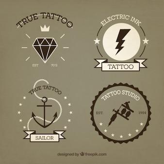 Wybór rocznika wyciągnąć rękę tatuaże