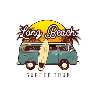 Wycieczka surfer na długiej plaży, surfowanie logo szablon