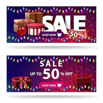 Wyprzedaż, do 50% zniżki, dwa fioletowe banery rabatowe z pudełkami prezentowymi i wielokątną teksturą