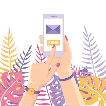 Wysyłaj lub odbieraj sms, list, e-mail za pomocą białego telefonu komórkowego. ludzką ręką trzymać telefon komórkowy na tle. aplikacja do obsługi wiadomości na smartfony.