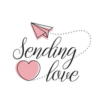 Wysyłanie napisów typografii miłosnej w kształcie serca i papierowego samolotu latającego wektorem swobodnym